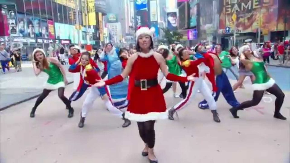 A Christmas Song | Elizabeth Chan