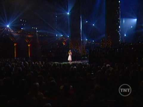 O Holy Night | Carrie Underwood