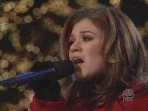 O Holy Night | Kelly Clarkson